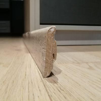Plinthe Haro stratifié (19x58x2200) assortie